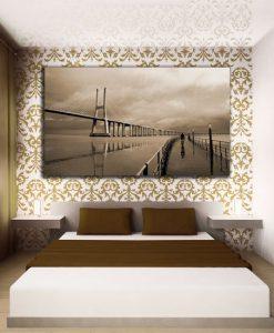 ozdoba z mostem