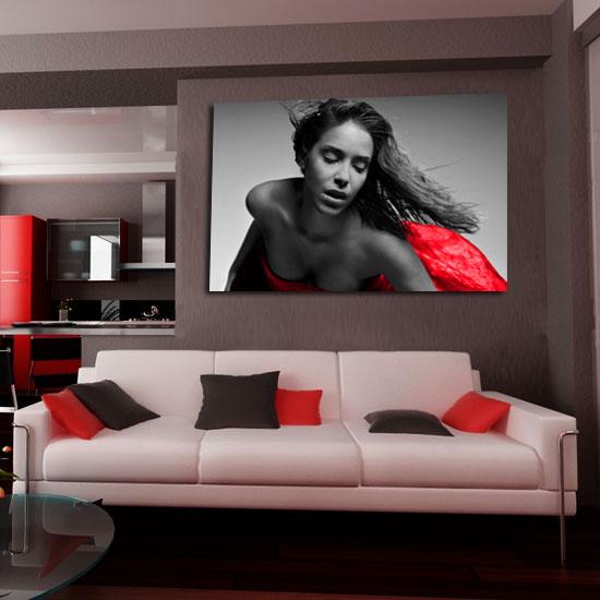 obraz kobieta w czerwieni