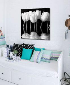 tulipany na obrazie