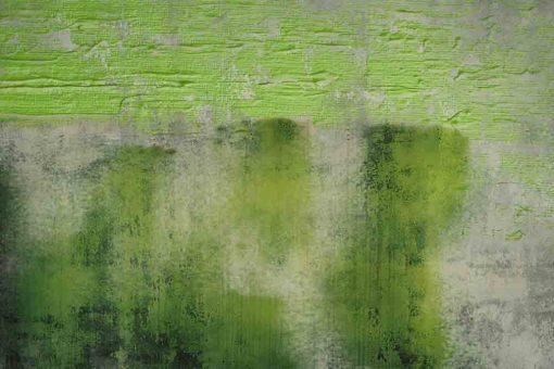 obraz z zielonymi mazajami na betonie