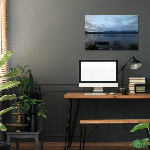 Obraz z jeziorem na tle gór do biura