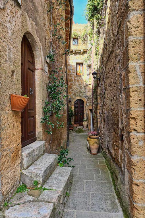 Obraz zaciszna uliczka w Toskanii
