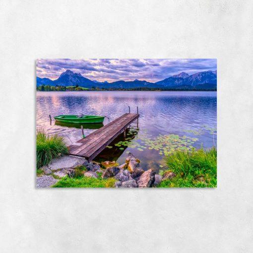 Obraz z łódką w fioletowych kolorach