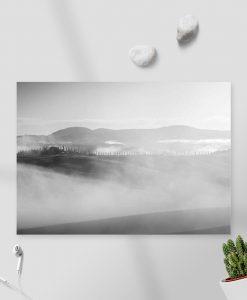 Czarno-biały obraz z widokiem na góry do nowoczesnych wnętrz