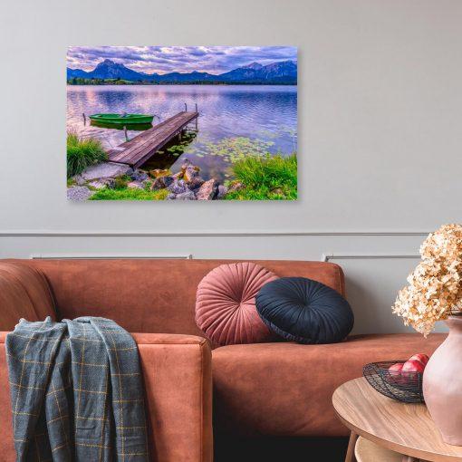 Obraz drewniana przystań i kamienny brzeg
